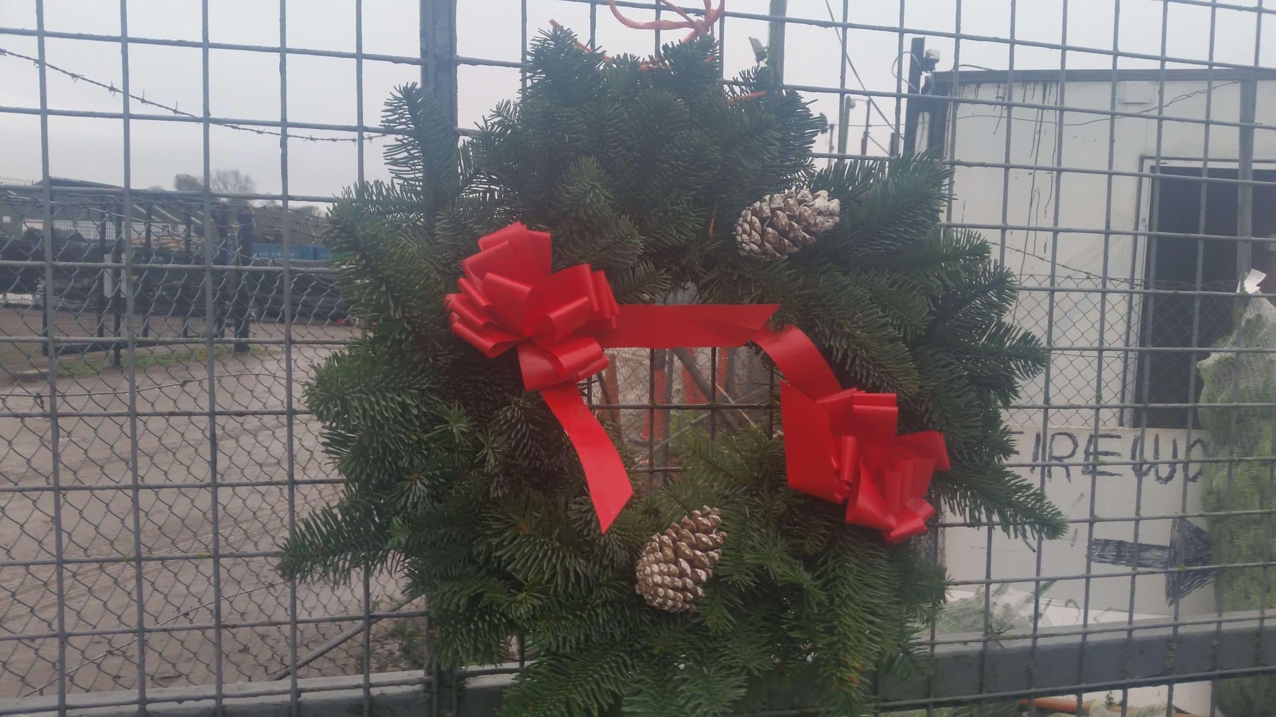 Bulk Christmas Garland.Wreaths